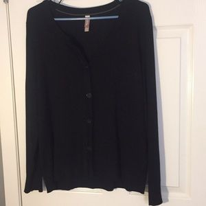 Black Cardigan size large 12/14 very soft